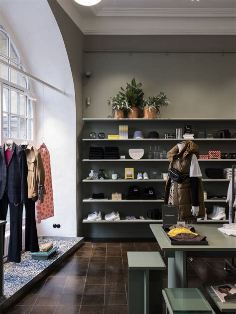 H&M tests new 'hyper-local' concept in Berlin | RetailDetail