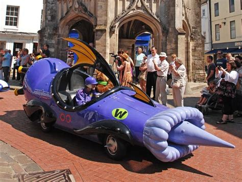 Hannah Barbera's Wacky Racers Come To Life | Top Speed