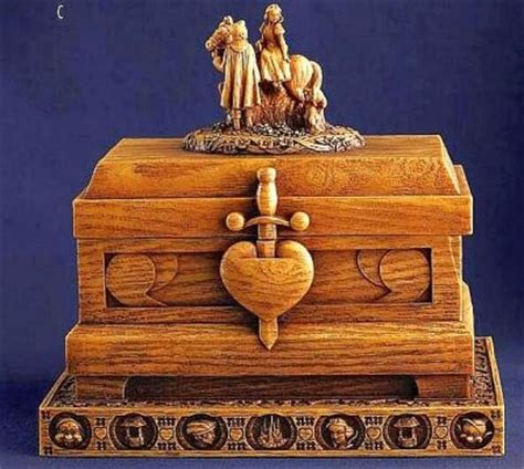 Heirloom box of the Evil Queen's heart box from our