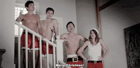 7 Moments On The 'Pretty Little Liars' Christmas Episode