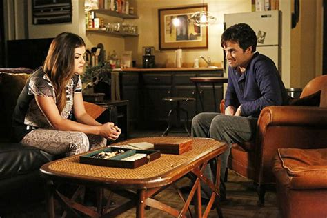 'Pretty Little Liars': Ezria Back Together? — Lucy Hale