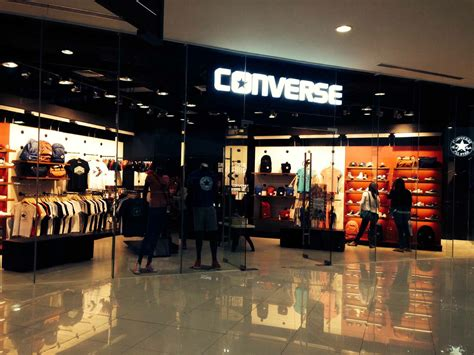 Converse rocks the archipelago by adding more stores