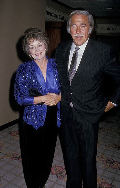 Howard Keel [& Family] Pictures   Getty Images